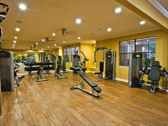 Fully equipped Gym at Dallas Apartments by galleria mall