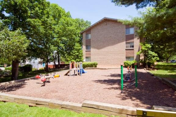 Community Playground, 20705