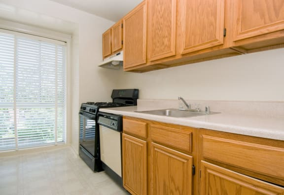 Kitchens at Hickory Hill, Suitland, MD,20746