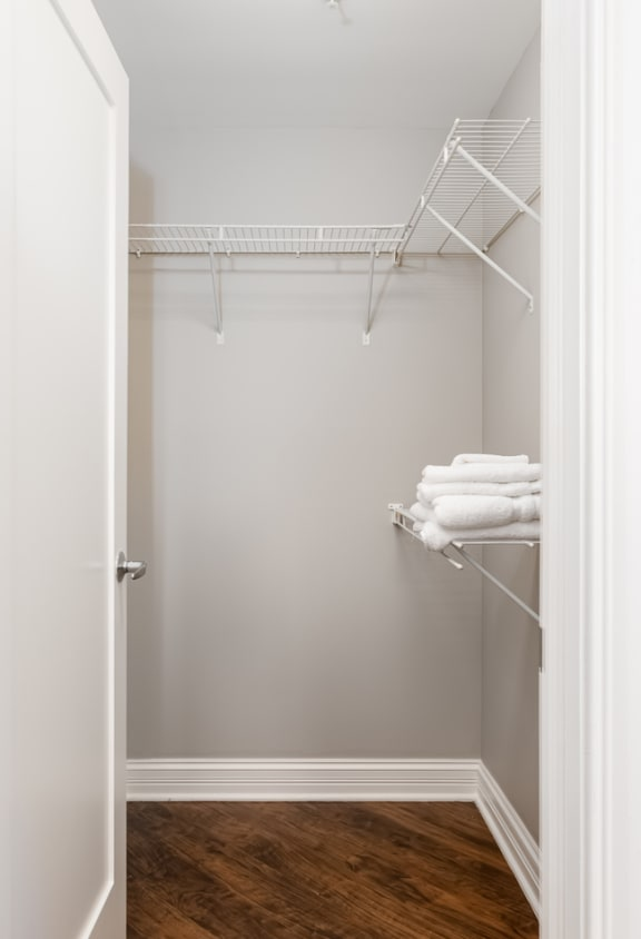 Dressing Area at Somerset Place Apartments, Chicago, IL, 60640
