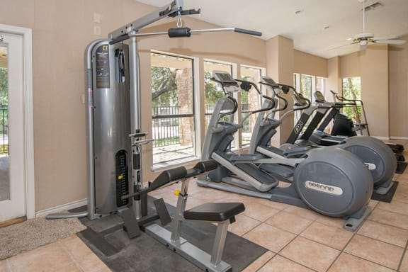 Fitness Center With Modern Equipments at Sunset Canyon, Texas, 78232