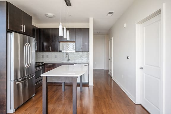 Verde Pointe Arlington VA Brunswick 1-Bed with Den Kitchen