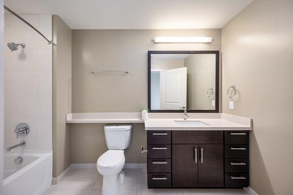 Verde Pointe Arlington VA Tea Studio Bathroom