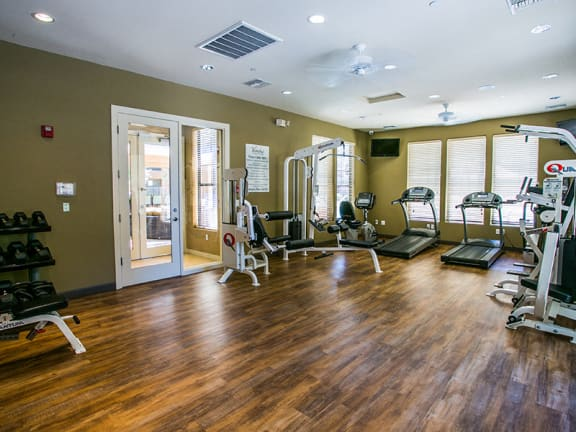 Fitness Center with Free Weights at Mesa, AZ Apartment Near Phoenix