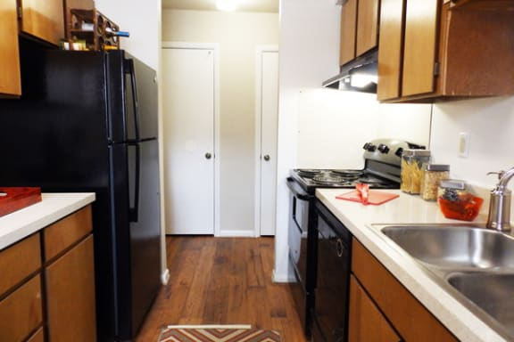 Dishwasher at Sterling Beaufont Apartments, Virginia, 23225