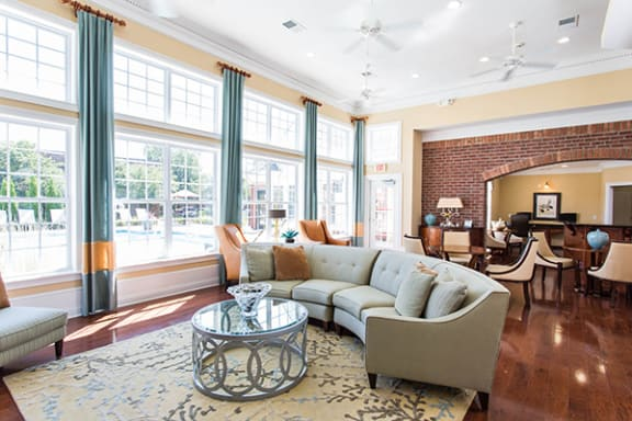 Resident E-lounge with Complimentary Coffee Bar at Alexandria of Carmel Apartments, IN 46032
