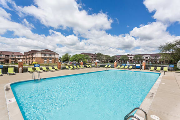 Outdoor Lakeside Swimming Pool with Sundeck at Scarborough Lake Apartments, Indianapolis 46254
