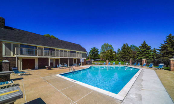 Pool Access with Wi-Fi at Mount Royal Townhomes in Kalamazoo, MI
