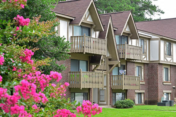 Optional Balcony or Patio at Lake in the Pines Apartments, Fayetteville