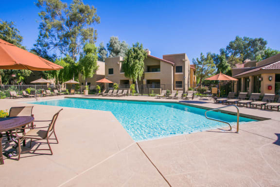 Luxury Apartments in Chandler AZ with Heated Swimming Pool