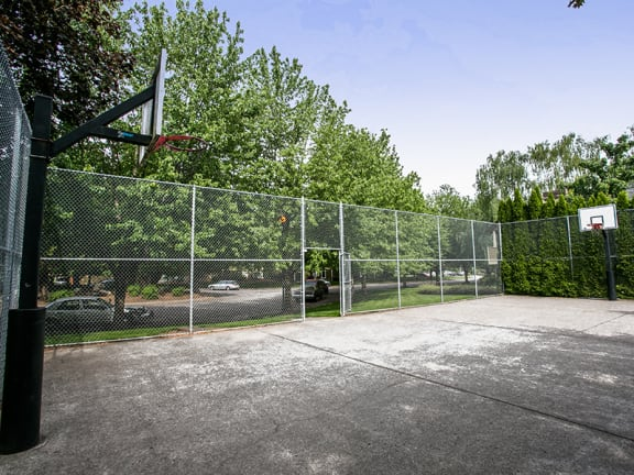 Outdoor Basketball Court at Apartments Near Downtown Portland