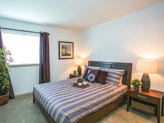 Spacious Model Bedroom with Carpeting at Apartments Near PDX Airport
