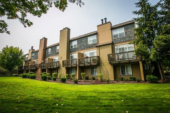 Private Patio and Balcony at Hillsboro Apartments Near Kaiser Medical Center