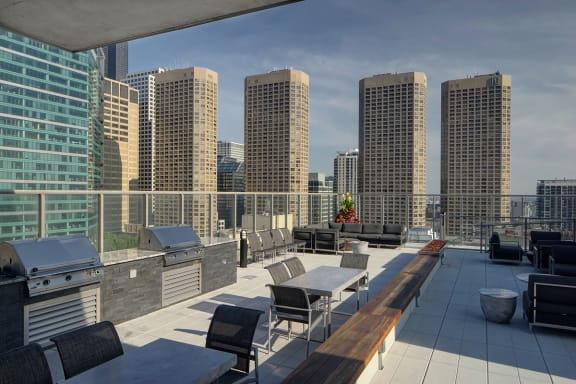Outdoor Grilling Stations at Catalyst, Chicago, IL,60661