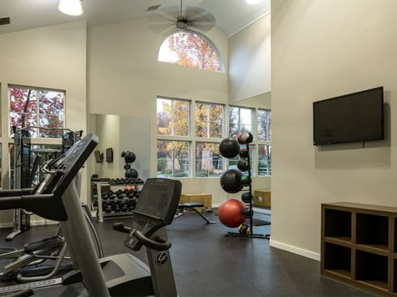 Fitness Center at Edgewater Apartments in Boise, 83703
