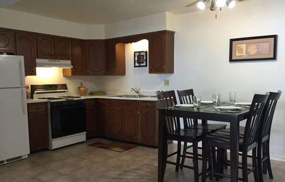 Separate Spaces for Dining at The Arbors Apartments, Illinois, 61103