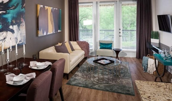 Urban Style One & Two Bedroom Apartments at Berkshire Medical District, Dallas, TX
