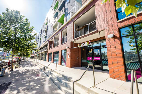 retail-apartments-in-east-austin