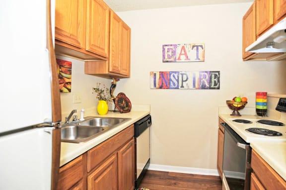 Efficient Appliances In Kitchen at Summit Ridge Apartments, Texas