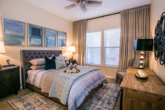 Spacious Model Bedroom with Carpeting at Phoneix Apartment Near 101 Freeway