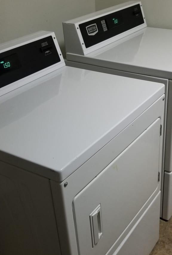 Laundry Facilities at Candlewyck Apartments, Kalamazoo, 49001