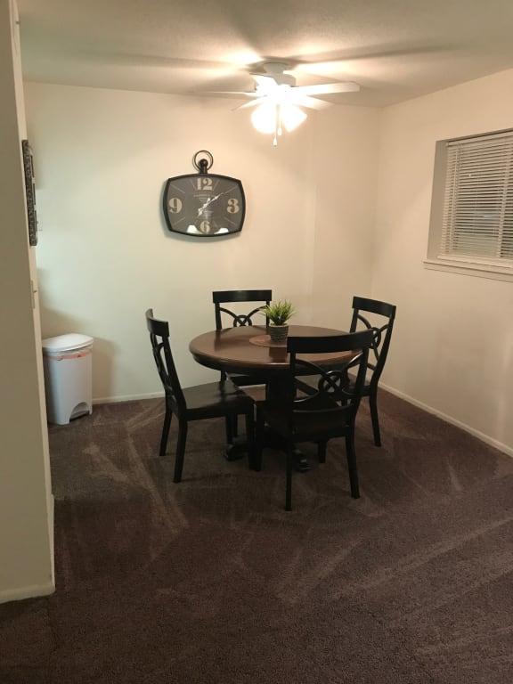 Sophisticated Dining Area at Candlewyck Apartments, Kalamazoo