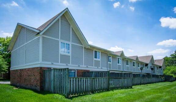 Furnished Apartments Available at Country Lake Townhomes, Indiana, 46229