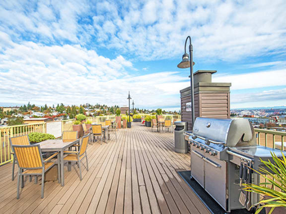 outdoor Living at Link, Seattle, WA, 98126