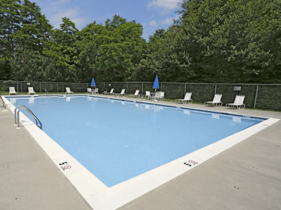 Private swimming pool at Spring Hill Townhomes