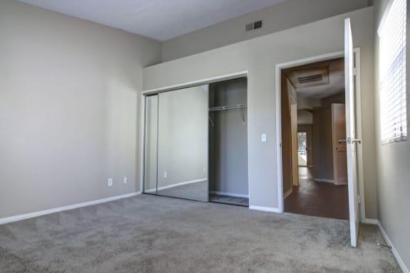 Plush bedroom carpet at Legends at Rancho Belago, Moreno Valley, CA