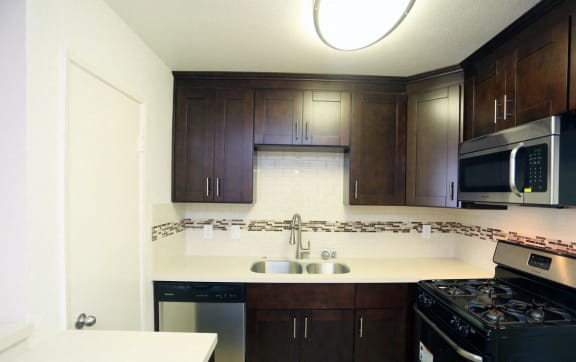 Kitchen With Sink at La Vista Terrace, Hollywood, 90046
