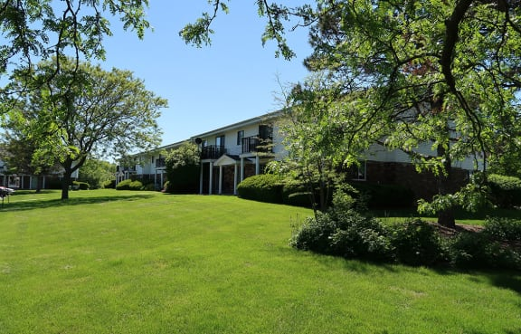 Beautifully Landscaped Groundsat Mission Hills Apartments, Franklin, WI, 53132