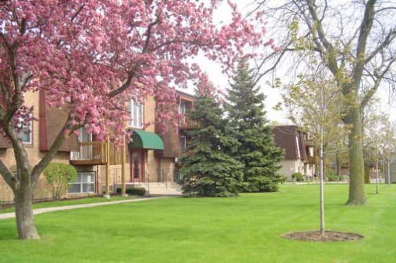 Beautiful Landscaping and Park-like Setting at Pheasant Run Apartments, Joliet, Illinois