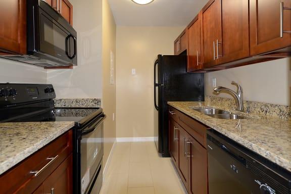 Kitchen Appliances at St. Andrews Palm Beach Apartments, West Palm Beach, FL