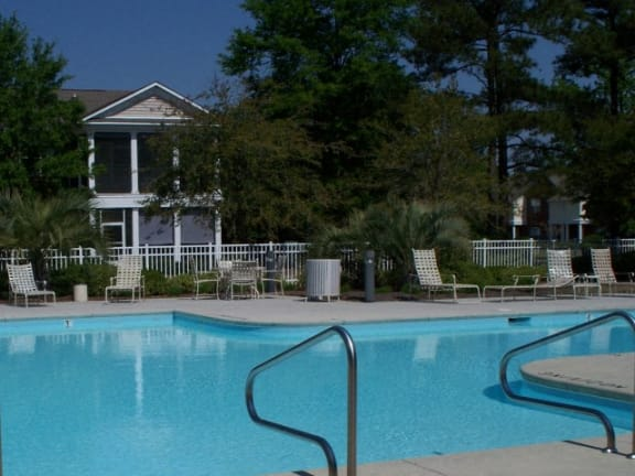 Barclay Place Apartments Pool