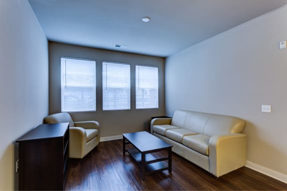 Fully Furnished Apartments Available at The Langston, Ohio
