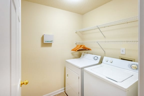 The Estates at River Pointe - Full-sized washer/dryers included
