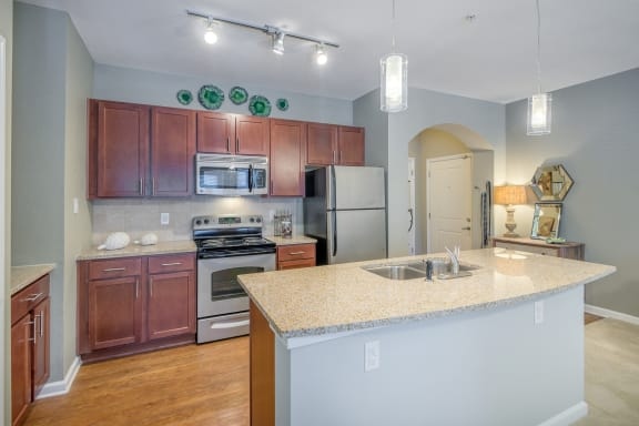 Windward Long Point Apartments 42-inch kitchen cabinets