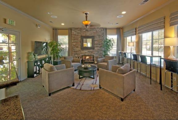 Clubhouse l Cobble Oaks in Gold Ridge CA