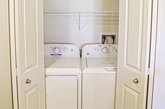 Full-Size Washer and Dryer Set at Strathmore Apartment Homes, West Des Moines, Iowa 50266