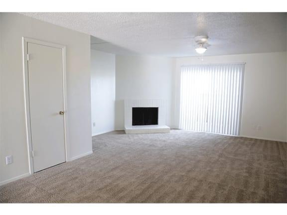 Spacious Apartments at Hawthorne House
