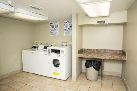 Laundry facility amenity_Lakeside Commons, West Palm Beach, FL