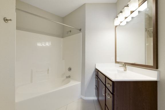 Full Size Bath Tub at Waterstone Place, Minnetonka, 55305