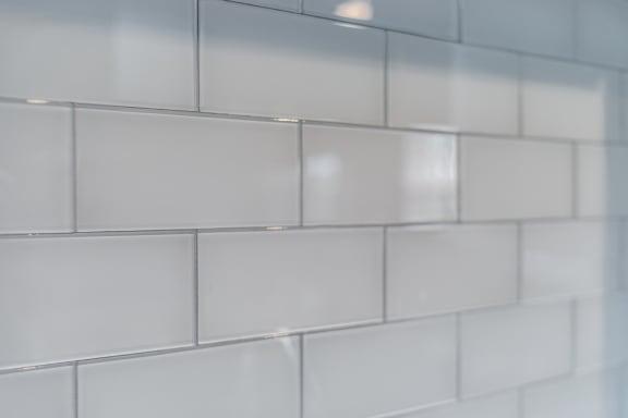 white kitchen backsplash