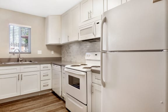 Spacious Kitchen at Pacific Trails Luxury Apartment Homes, Covina, CA