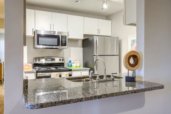 Fully Equipped Kitchen With Modern Appliances at The Watch on Shem Creek, Mt. Pleasant, SC, 29464