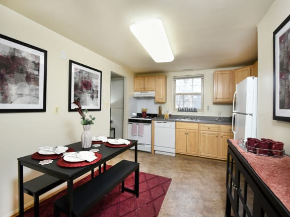 Bright, eat in kitchen at Hyde Park Apartments