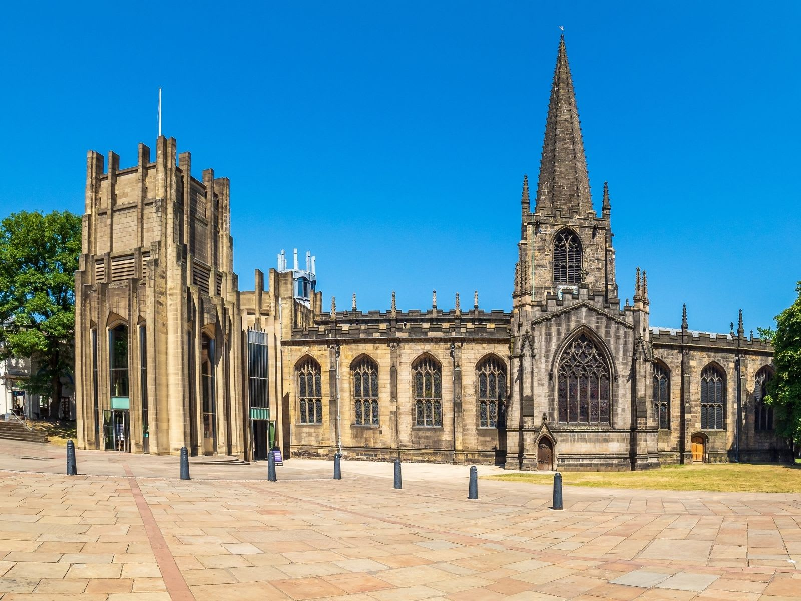 Sheffield Cathedral on sunny day