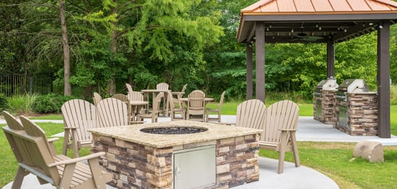 Outdoor Fire Pit and Grilling Area
