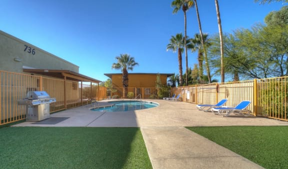 Pool patio at University Manor Apartments in Tucson, AZ